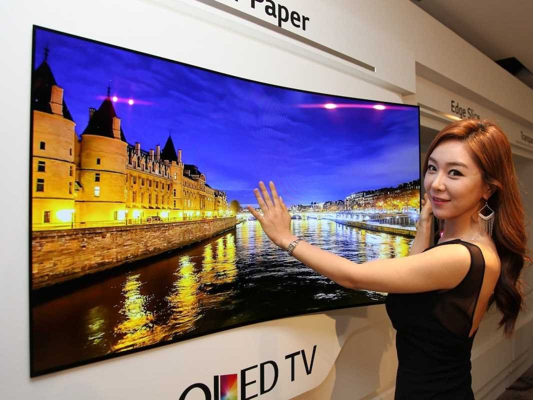 LG invented a bendable TV that sticks to your wall via magnets