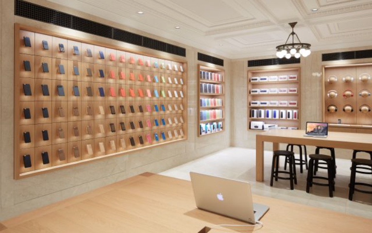 Apple Redesigns its Retail Stores in July!