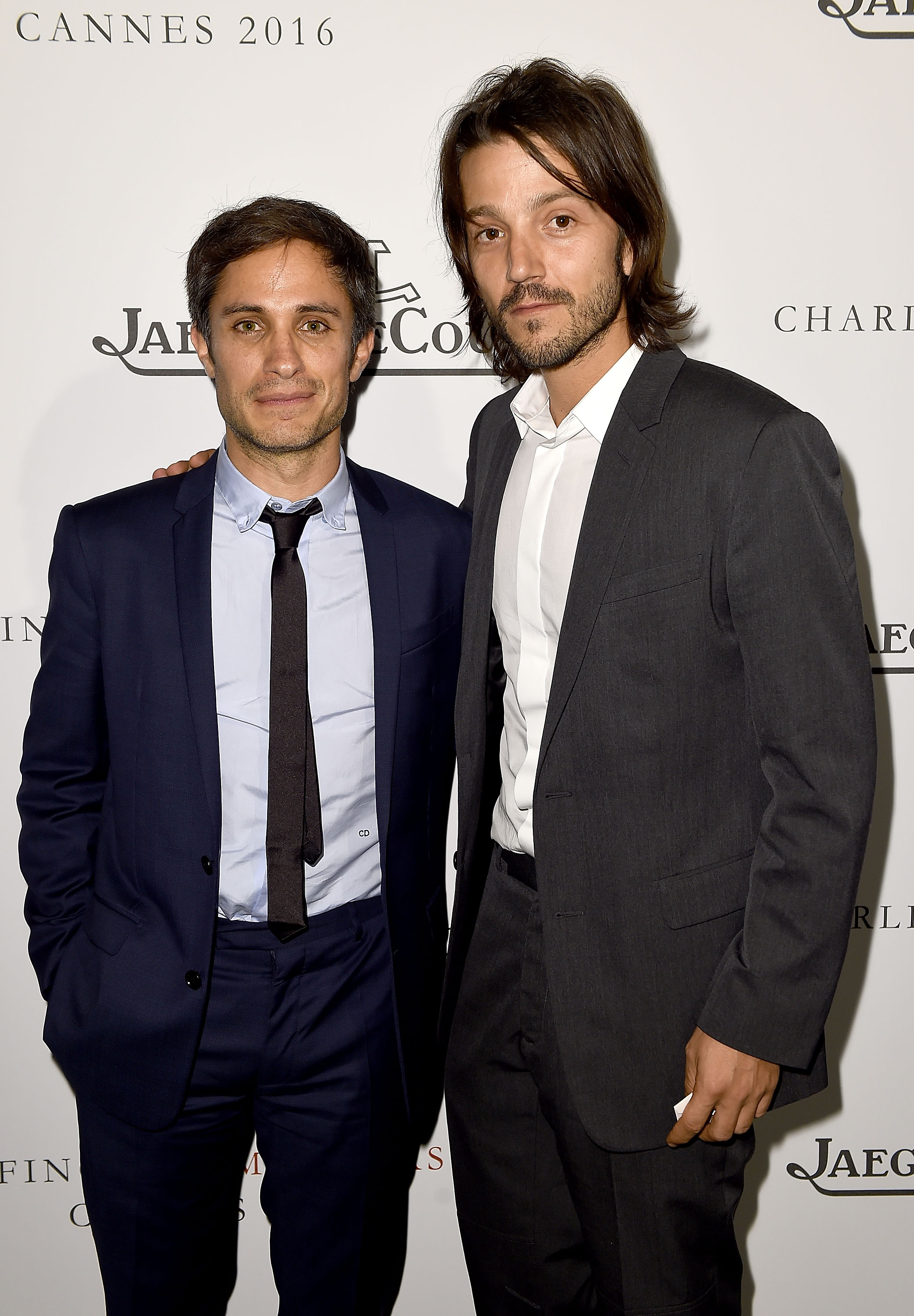 CAP D'ANTIBES, FRANCE - MAY 13: Gael Garcia Bernal and Diego Luna attend as Charles Finch hosts the 8th Annual Filmmakers Dinner with Jaeger-LeCoultre at Hotel du Cap-Eden-Roc on May 13, 2016 in Cap d'Antibes, France. (Photo by Ian Gavan/Getty Images for Jaeger-LeCoultre)