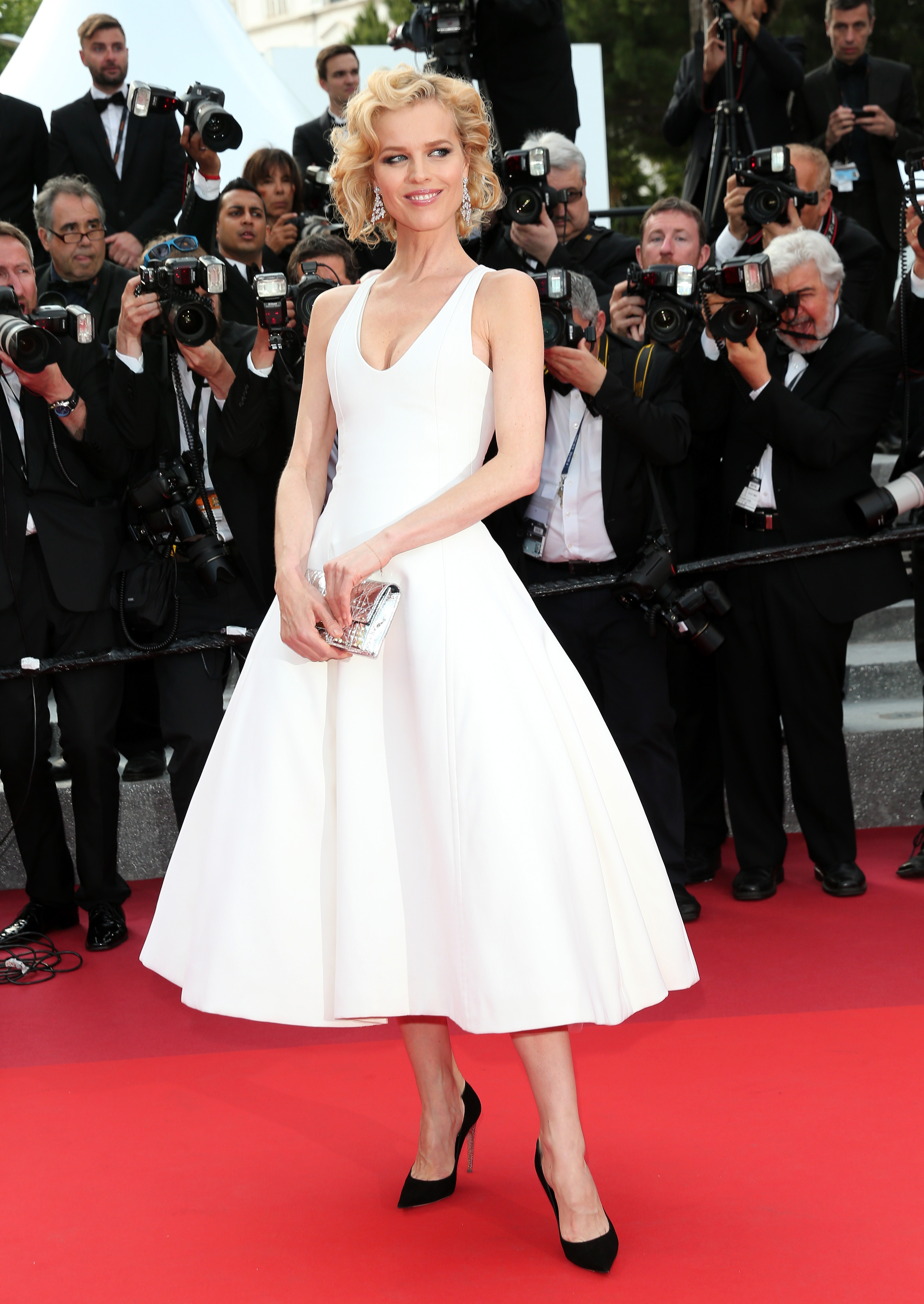 """CANNES, FRANCE - MAY 18: Eva Herzigova attends """"The Unknown Girl (La Fille Inconnue)"""" Premiere during the 69th annual Cannes Film Festival at the Palais des Festivals on May 18, 2016 in Cannes, France. (Photo by Gisela Schober/Getty Images)"""