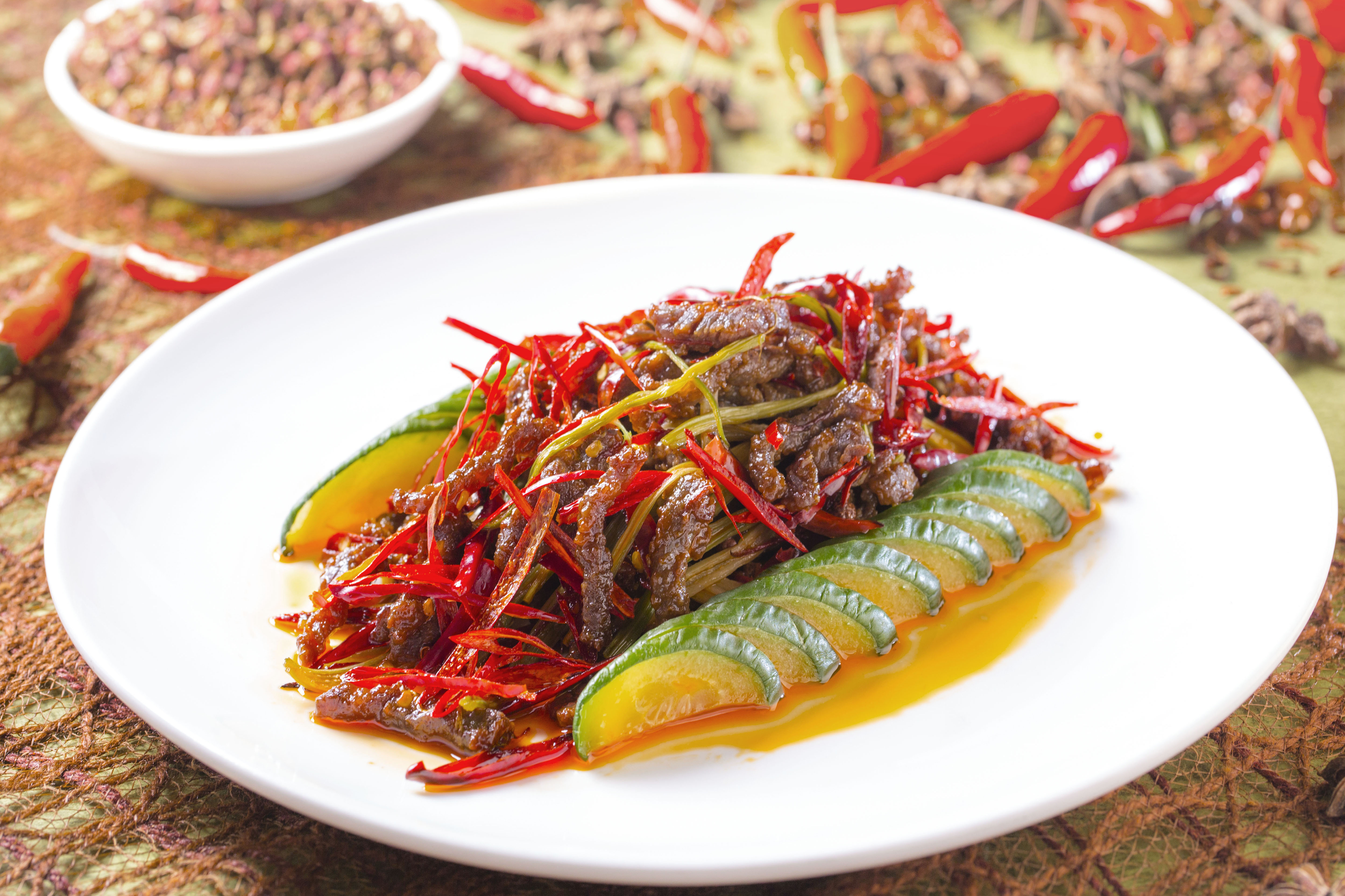 Sauteed Shredded Beef with Bamboo Shoot in Chili Sauce